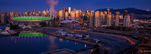 city longexposure morning green skyline vancouver sunrise boats stadium towers earlymorning seawall arena falsecreek condos vancouverbc cityview bcplace bcplacestadium georgiaviaduct vancouvercity rogersarena dunsmuirviaduct cans2s falsecreekeast tedsphotos