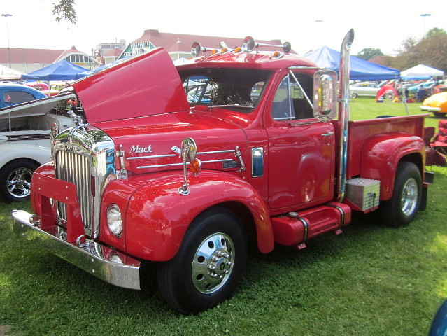 1961 Mack Model B Pickup   The frame is a 1986 Ford and the …   Flickr