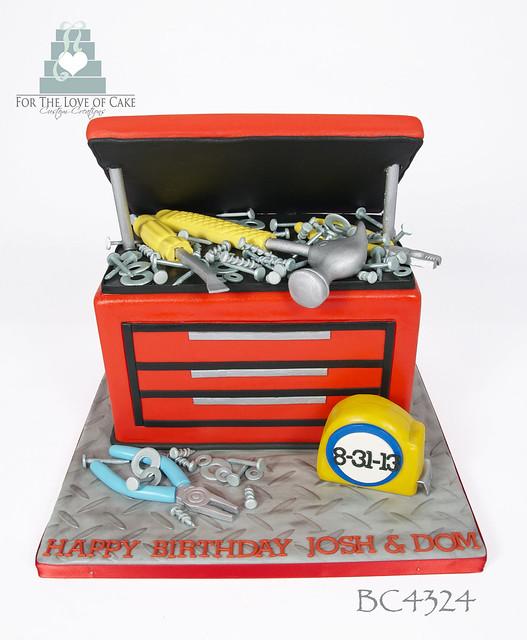 BC4324-tool-box-cake-toronto