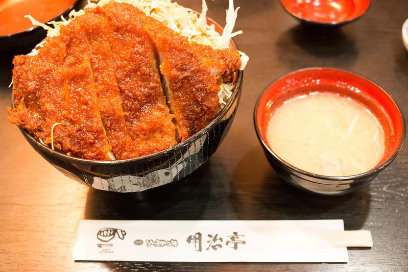 明治亭のソースかつ丼