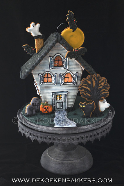 Haunted Ginderbread House