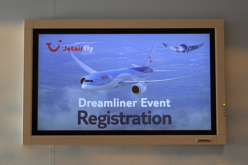 Jetairfly Dreamliner Event – Brussels Airport (BRU EBBR) – 2013 12 10 – 02 – Copyright © 2013 Ivan Coninx Photography