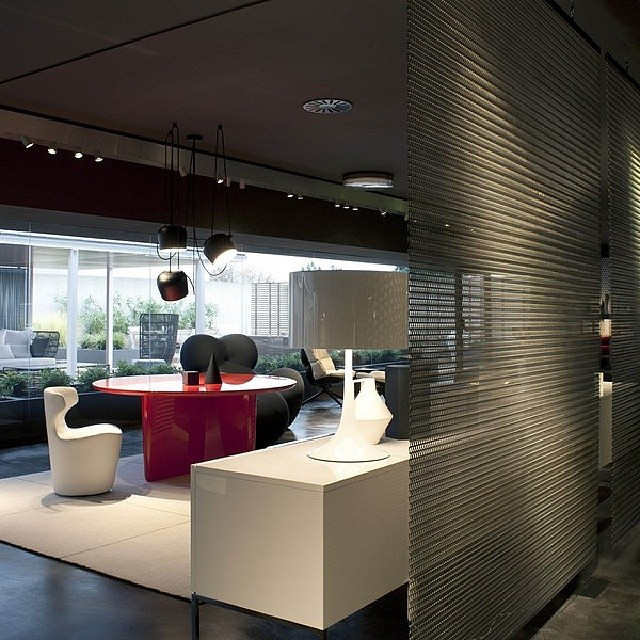 B&B ITALIA SHOWROOM NOVEDRATE #BEBITALIA #furnituredesign …   Flickr