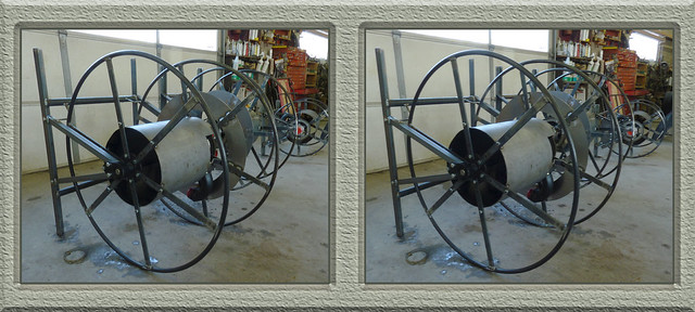 Life At The Auto Body Shop - Large Hose Reels In For Painting Cross-eye 3D