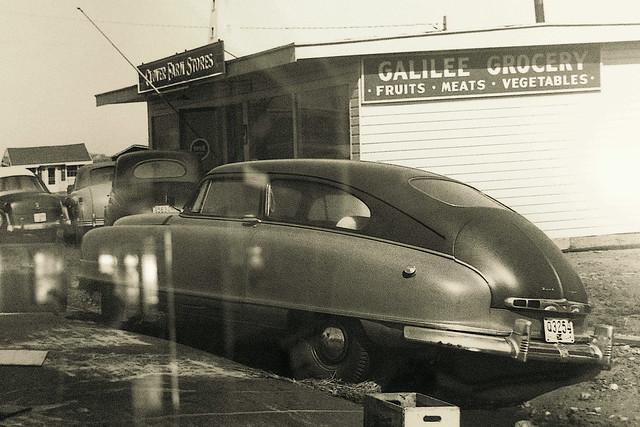 """1949 Nash """"The upside-down bathtub"""" - Galilee, R.I."""