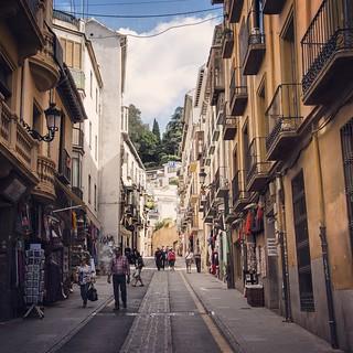 2012년 가을 스페인 여행의 기록들 #Travel #Memories #Throwback #2012 #Autumn #Granada #Spain 스페인 여행의 목적지 그라나다에서... #Arab #Back #Street #Shop #Peoples #Albaicin   by IchStyle