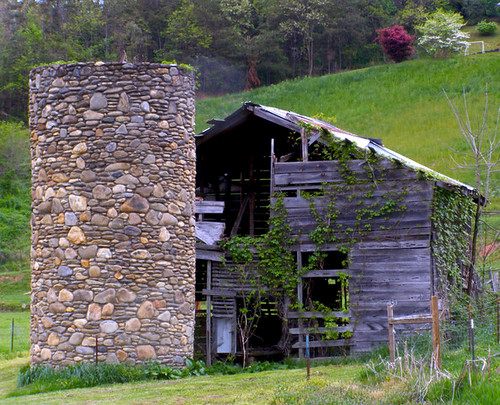 history barn rural landscape nc 1930s historic silo valley agriculture silage 2010 barnardsville bigivy