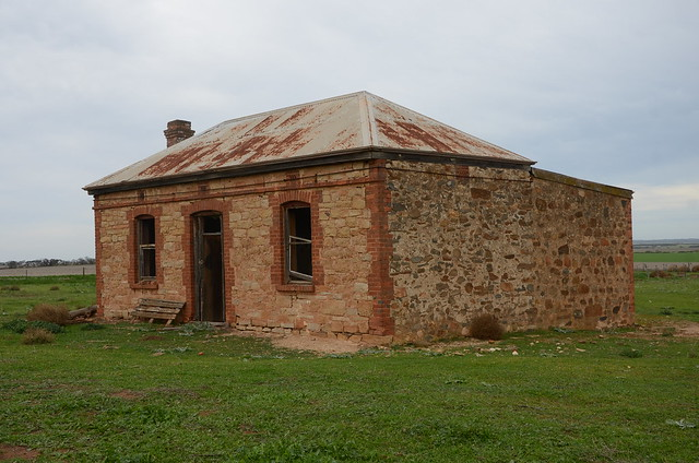 DSC_3022 abandoned farmhouse, 197 Anders Road, Monarto, South Australia