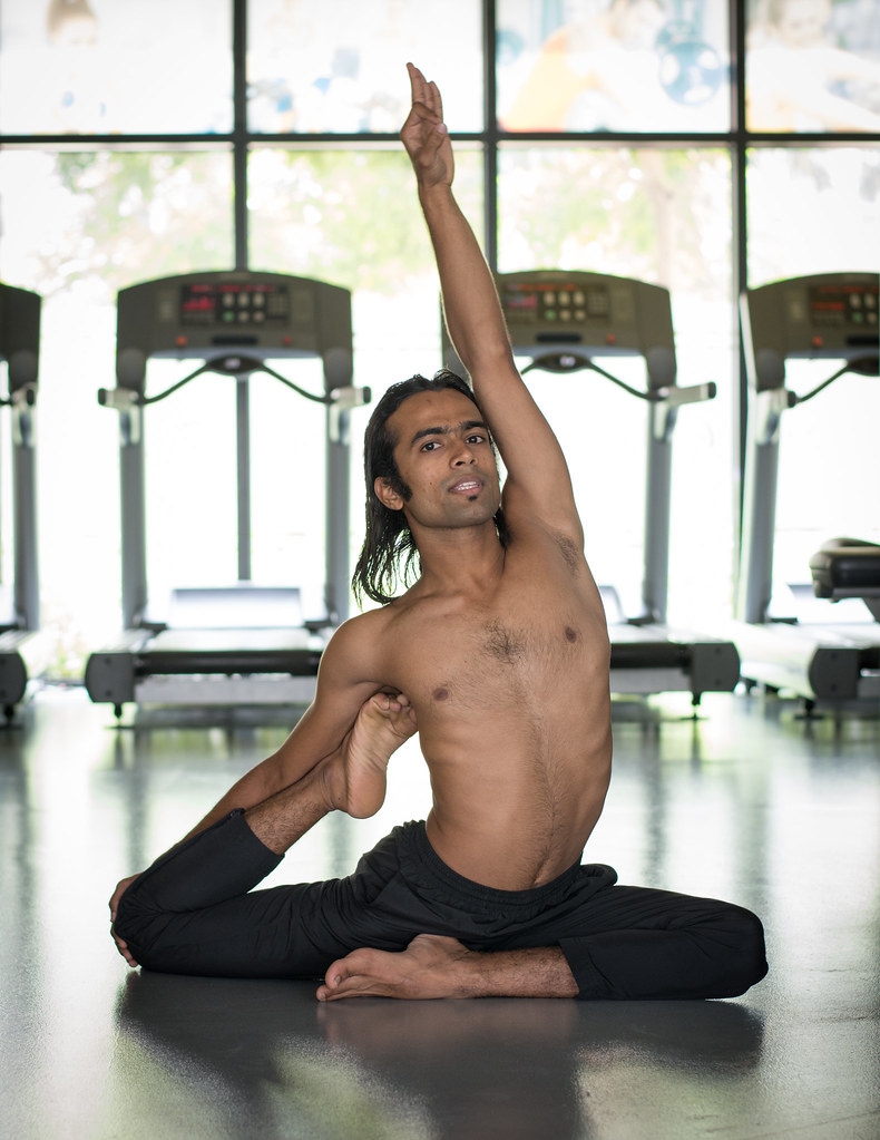 Indian Man Doing Advanced Yoga At Gym Room Indian Man Doin Flickr