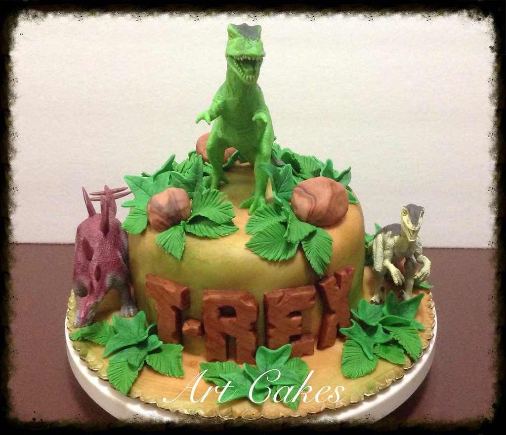 Superb T Rex Birthday Cake Nora Rexach Flickr Personalised Birthday Cards Paralily Jamesorg