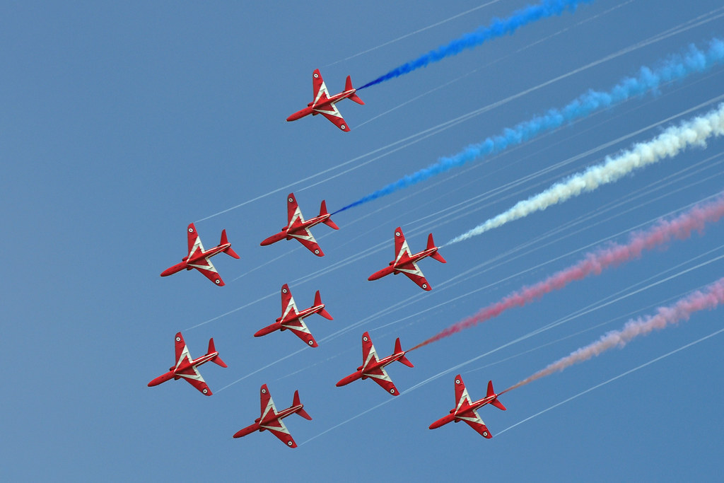 Eastbourne Air Show >> Red Arrows Bae Systems Hawk T1 At Eastbourne Air Show Flickr