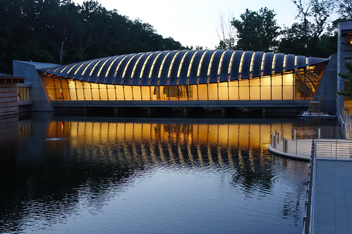 crystal bridges museum american art architecture bentonville ar arkansas water reflection sundown sunset light yextarkansas