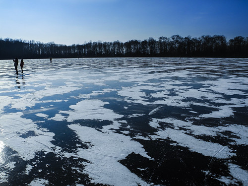 Frozen_Lake | by DamBedEi3612