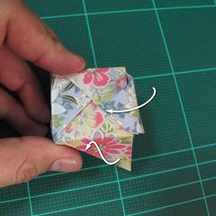 การพับกระดาษเป็นรูปเรขาคณิตทรงลูกบาศก์แบบแยกชิ้นประกอบ (Modular Origami Cube) 037