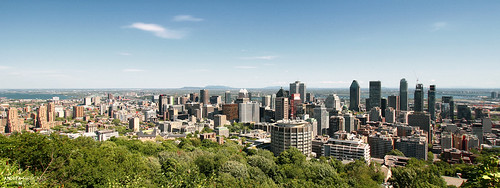 andreamoscato canada america view vista vivid overlook panorama belvedere cielo clouds city città cityscape architecture buildings skyscraper sky nuvole blue green downtown town trees day light