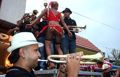 Guca Sabor trubaca smestaj   by Guca Trumpet Festival Serbia