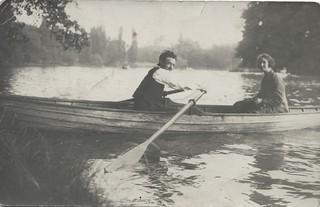 1923, promenade en barque