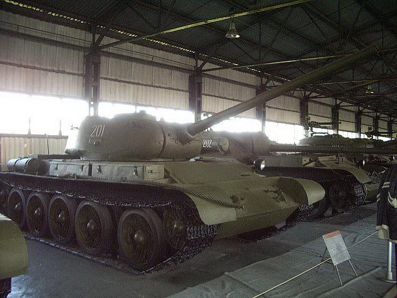 T-44 (1)