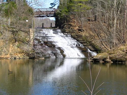 waterfall tn nashville tennessee lakelouise marrowbonelake bmok marrowbonefalls