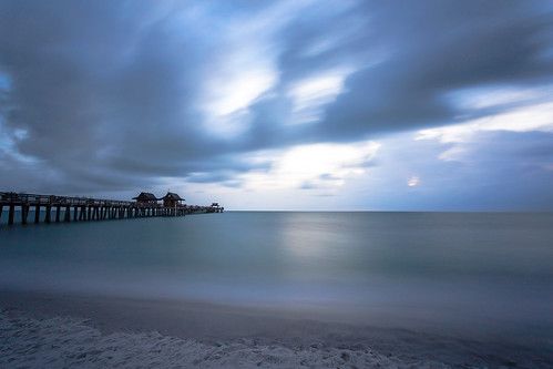 longexposure trip travel sunset usa storm tree beach water azul bar canon lens evening landscapes pier agua long loneliness quiet florida cloudy miami pablo bluewater silk playa scene calm palm viajes filter cielo palmtree nd naples getty hd whitesand seda pola 1740 gettyimages photgraphy stopper estadosunidos imagebank granangular quietplace ndfilter naplespier neutraldensity damonte leefilters canonef1740mmf4lusmlens canon6d bigstopper buyongetty
