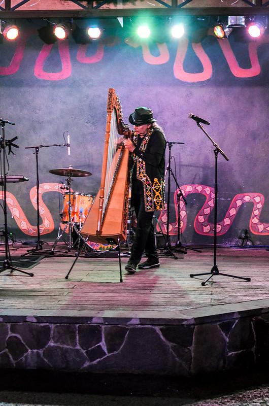 AK harp
