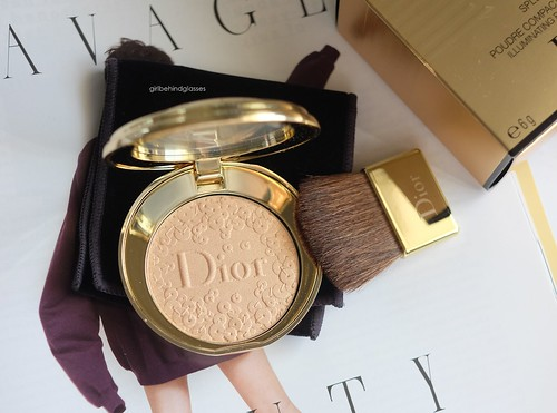 Dior Diorific Splendor Illuminating Pressed Powder2 | by <Nikki P.>