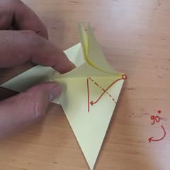 วิธีพับกระดาษเป็นดอกกุหลายแบบเกลียว 023