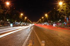 Avenue des Champs-Élysées by night
