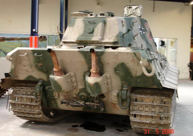 PzKpfw VI Ausf.B -Tiger II  (8)
