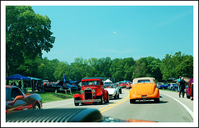 2013 Hines Drive cruise - it's  chaos out there!