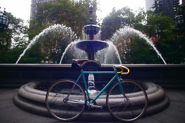 The Bianchi Pista & The Gas-lit Fountain