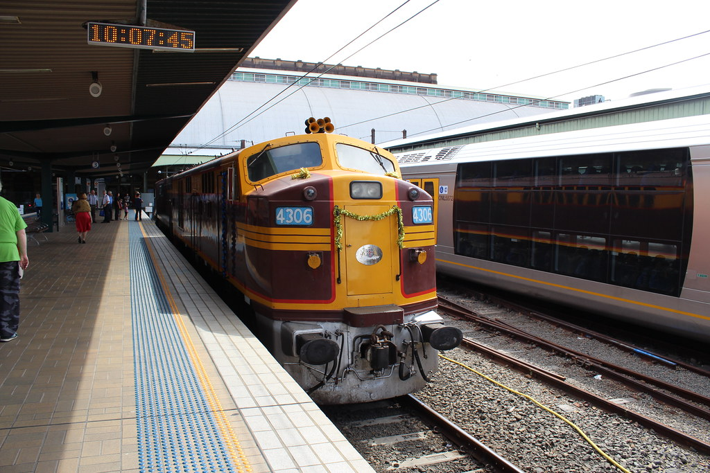 4306 at Central by LC1073