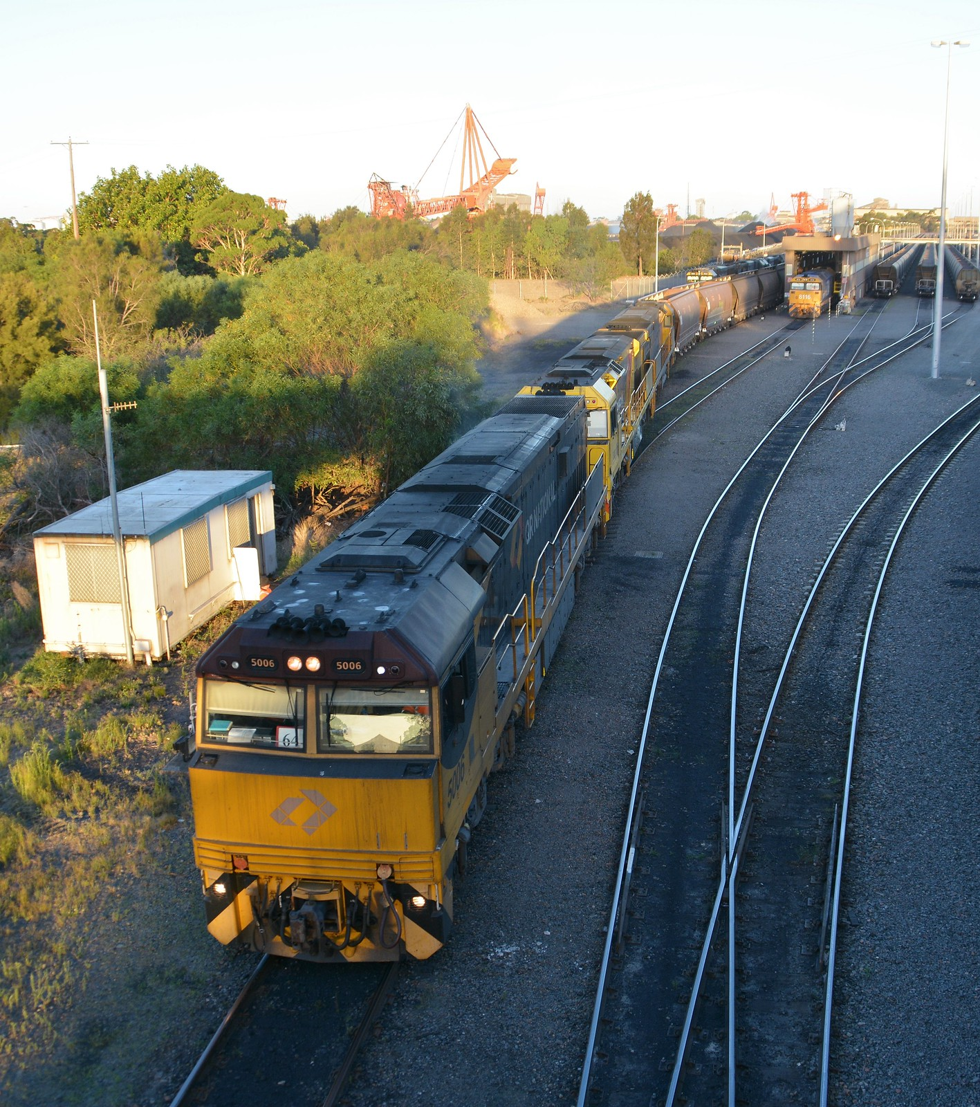 5006-5033-5026 Port Waratah Industrial Drive Rd Bridge by LOCOPOWER