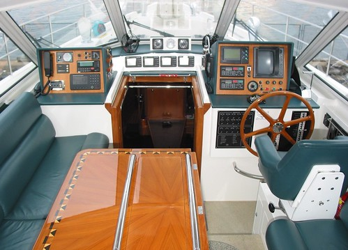 pilothouse-b07_003-g-web