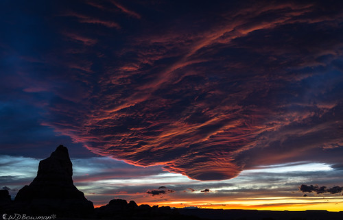sunset canyonlandsnationalpark needlesdistrict cheslerpark clouds mesmerized publiclandsforpublicuse