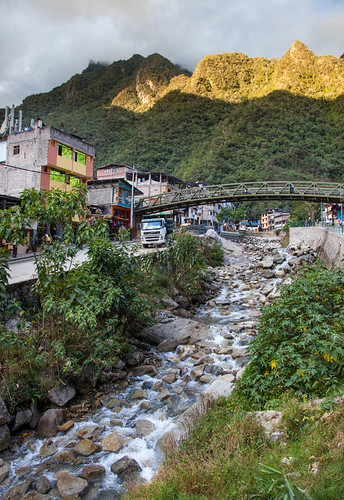 bridge sunset urban peru architecture clouds buildings evening cusco aguascalientes creeks waterscapes andesmountains aguascalientesriver
