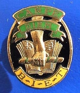 (BIET) British Institute of Engineering Technology - student's/graduate's badge (1930's)