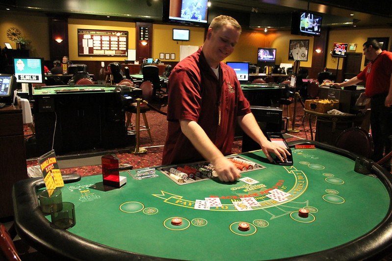 казино с выводом на киви
