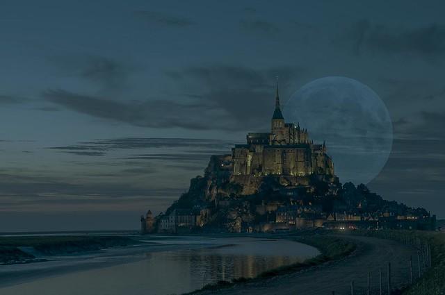 Mont Saint Michel MoonLight