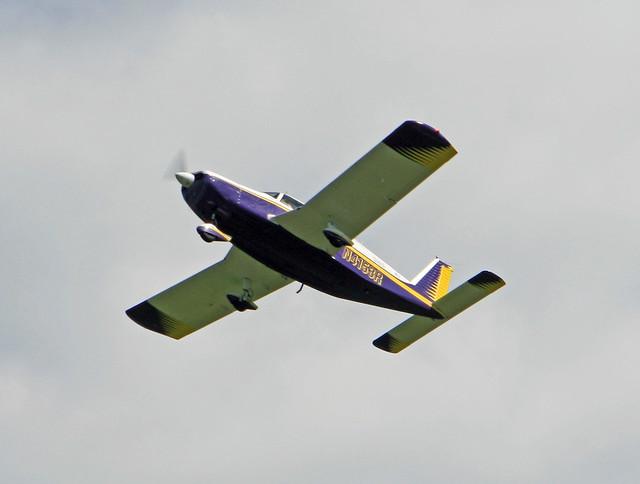 Piper PA-32-300 Cherokee Six (N4153R)
