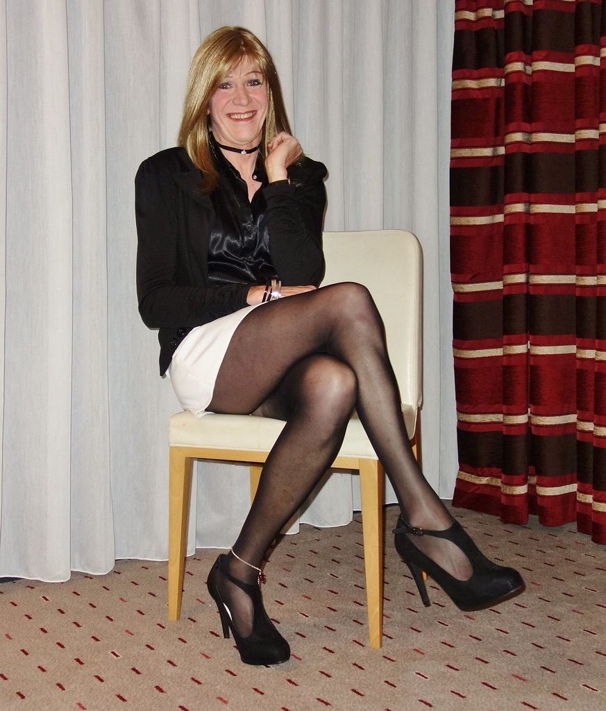 Legs Crossed Although My Natural Preference Is Left Over R