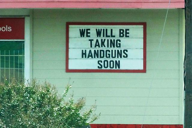 handguns-pawn-shop