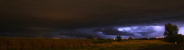 081113 - Strong Nebraska Mid Evening Thunderstorms...