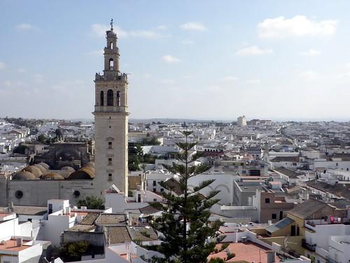 Iglesia Mayor de Santa María de la Oliva 005   by Emilio__