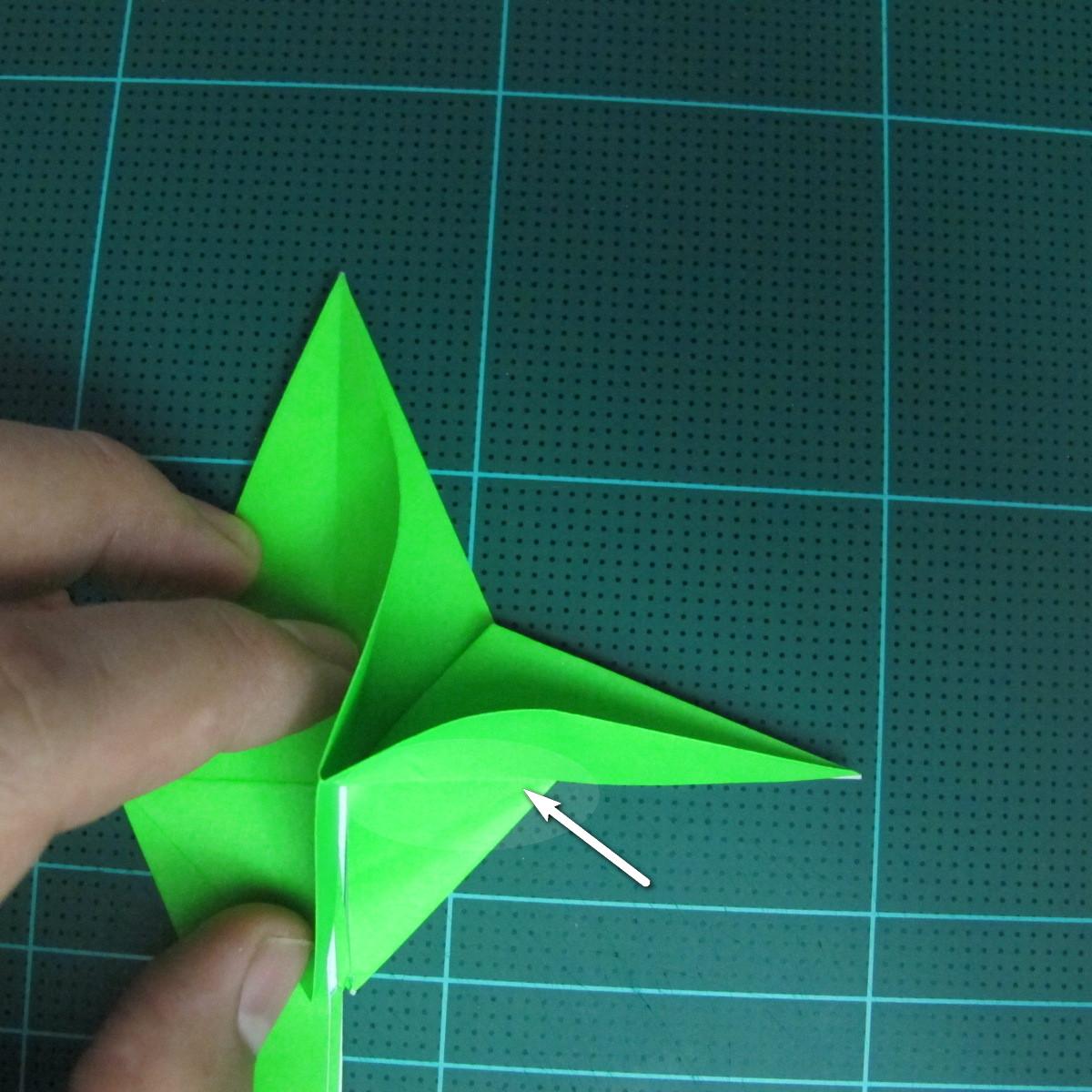 วิธีพับกระดาษเป็นจรวด X-WING สตาร์วอร์ (Origami X-WING) 023