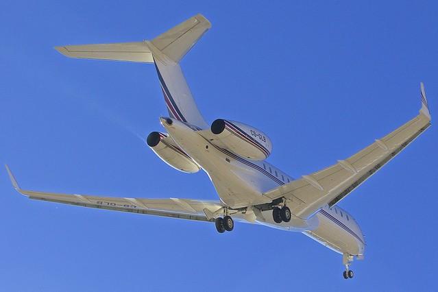 SMV/LSZS: NetJet Bombardier Global 6000 BD700-1A10 CS-GLB