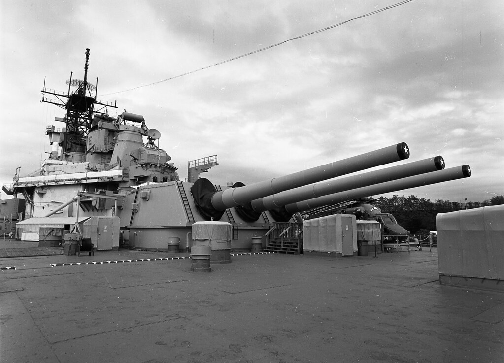 USS New Jersey - BB-62