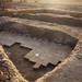 Pískovcová podlaha a zeď hlavní svatyně se zbytky omítky s polychromní výzdobou, Týfónium, Wad Ben Naga, foto: Národní muzeum