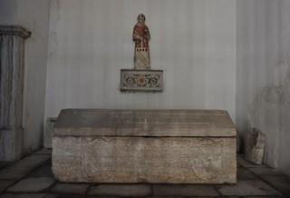 Lisboa (Portugal). Catedral. Sarcófago