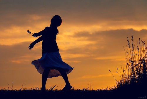 dance girl daughter silhouette evening sunset twirling meadow skirt sky golden jennifermacneilltraylor jennifermacneill jennifermacneillphotography child play dreamy 2013365photos photoaday flickr12days